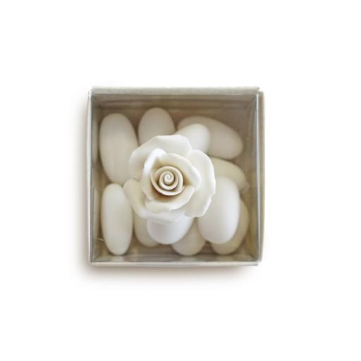 Rosa in porcellana con scatola