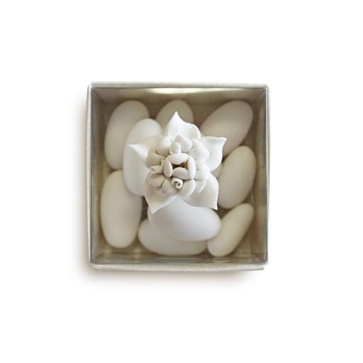 Bouquet in porcellana con scatola